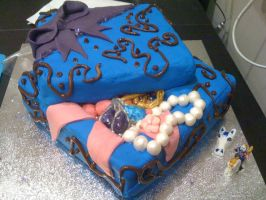 Jewellery Box Cake by cakesbyrachel