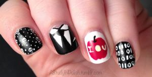 Moriarty Nails by AStudyInPolish