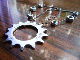 sprocket necklace by themagpiesnest