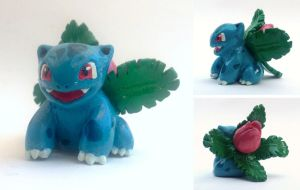 Ivysaur Sculpture
