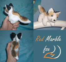 Magnet plush: Red marble fox by goiku