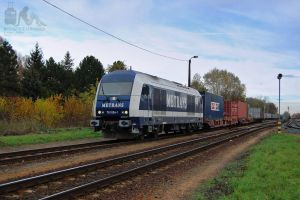 761 004 with freight in Gyorszabadhegy by morpheus880223
