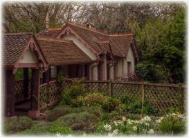 Gingerbread cottage by Isyala