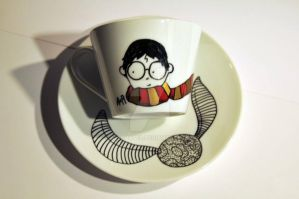Harry teacup by Alesuxter