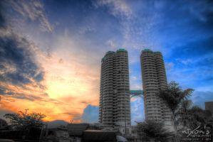 Sunset of The View condominium, Penang by fighteden