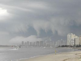 storm over surfers paradise by xo-deano-ox