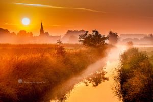 Holland in Orange Now....... by Betuwefotograaf
