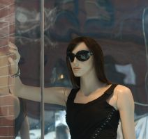 Imitating Mannequin-Francesca by Death-By-Romance