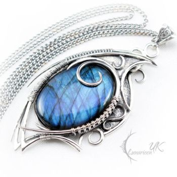 TAHDRIELL - silver and labradorite by LUNARIEEN