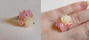 pretty floral deco den ring by Stefimoose