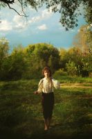 Frodo Baggins: on road by NellMcGooffin