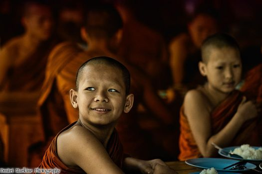 Monks in Thailand by demi2004