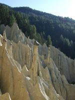 earth pyramids by Videtis