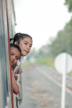 On Trains in Thailand by numcomedu