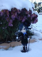 Lonely in the snow by AkiKumiko