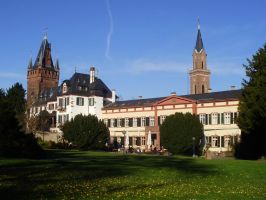 Our castle - Schloss/Rathaus by Aewendil