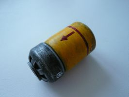 Fallout 3 microfusion cell by haylents
