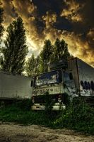Dead Trucks by Gomeisa-Studio