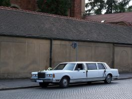 Lincoln Town Car Ghia by Abrimaal