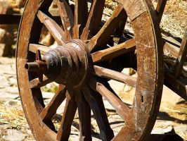 Old Cart Wheel by alimuse