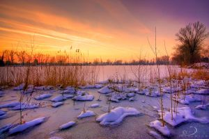 Frozen Lake by Linkineos