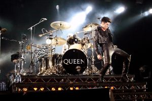 Queen02 by Caupho