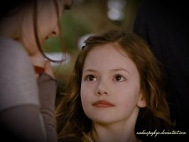 Meet Renesmee by nadinepazkye