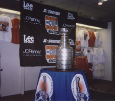 The Stanley Cup by WingDiamond