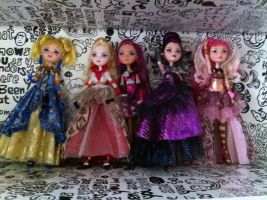 Ever After High Thronecoming by FurbyLover86