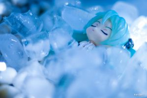 Ice Bed by KuroDot