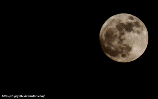 Full Moon by Chipsy007
