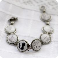 Light melody bracelet by BeautySpotCrafts
