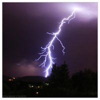 Staccato Lightning by FlorentCourty