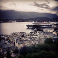 Queen mary 2 shot from Aksla at Aalesund Norway. by laimonas171