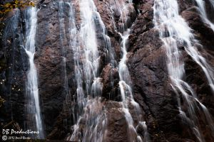 The water falls by InOnesMindsEye