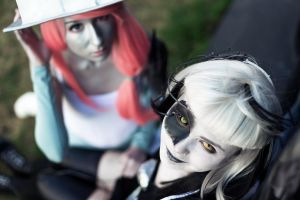 Portal 2 - Cube Companion,GLaDOS cosplay by JoyeKeehl