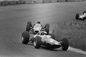 Jim Clark | Graham Hill (Netherlands 1965) by F1-history