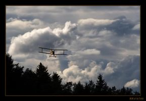 wuthering clouds by RRVISTAS