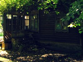 Abandoned Dwelling House by OneMorePike