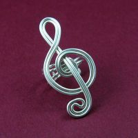 Silver Treble Clef Ear Cuff by sylva