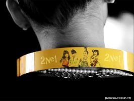 2ne1 headphone by Buuhzinha