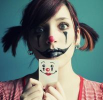 Clown by dulce1obsesion2pink3