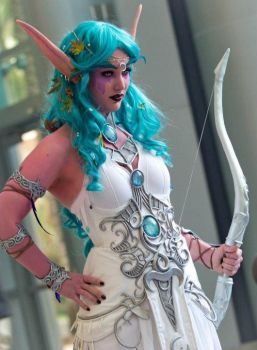 Tyrande Whisperwind Blizzcon 2011 Cosplay by CamillePetrai