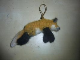Needle felted pouncing fox pendant by ArcticIceWolf