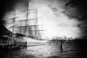 Ship in New York by pfister