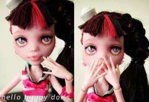 Monster high draculaura repaint 3 by hellohappycrafts