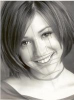 Alyson Hannigan Source by jimmy7291