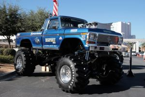Bigfoot Truck by TheCarloos