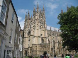 Outside Canterbury Cathedral by eloquensartifex