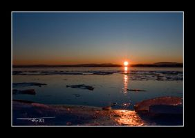 Icy sunset... by OrisTheDog